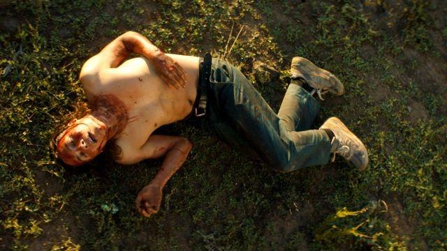 Fear-The-Walking-Dead-2x08-Promo-Carlost-2016-640x360